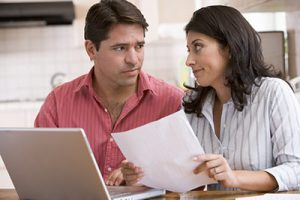 Couple wondering which mortgage to apply for